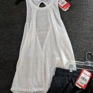 The North Face Other - The North Face Size Large Outfit Shorts and Tank L